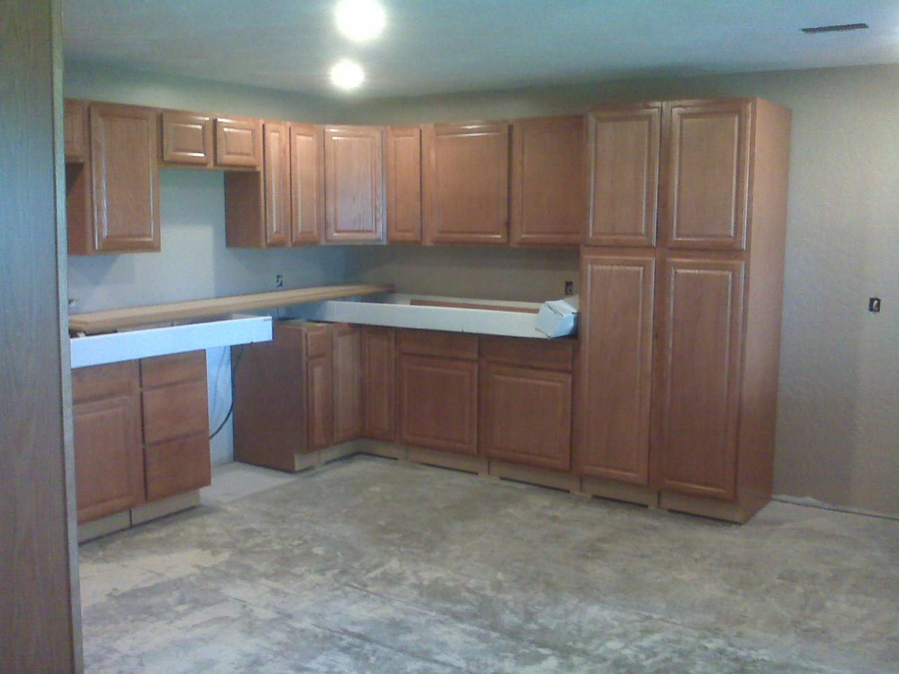 Lowes In Stock Cabinets Lowe S Home Improvement Kitchen