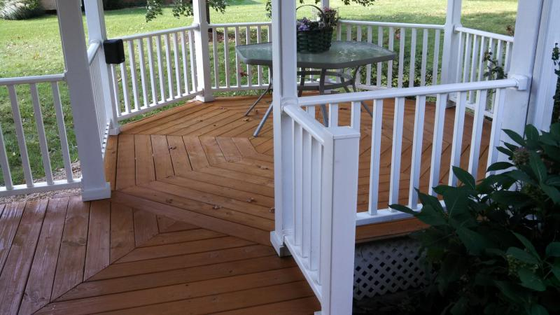 deck cleaned and stained, deck redwood stained